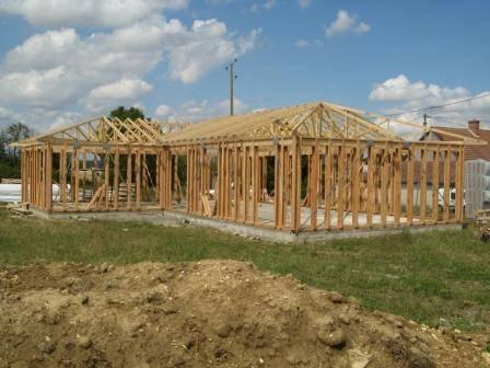 Maison hors d 39 eau hors d 39 air r f 23 pr s de chateauroux for Constructeur de maison hors d eau hors d air
