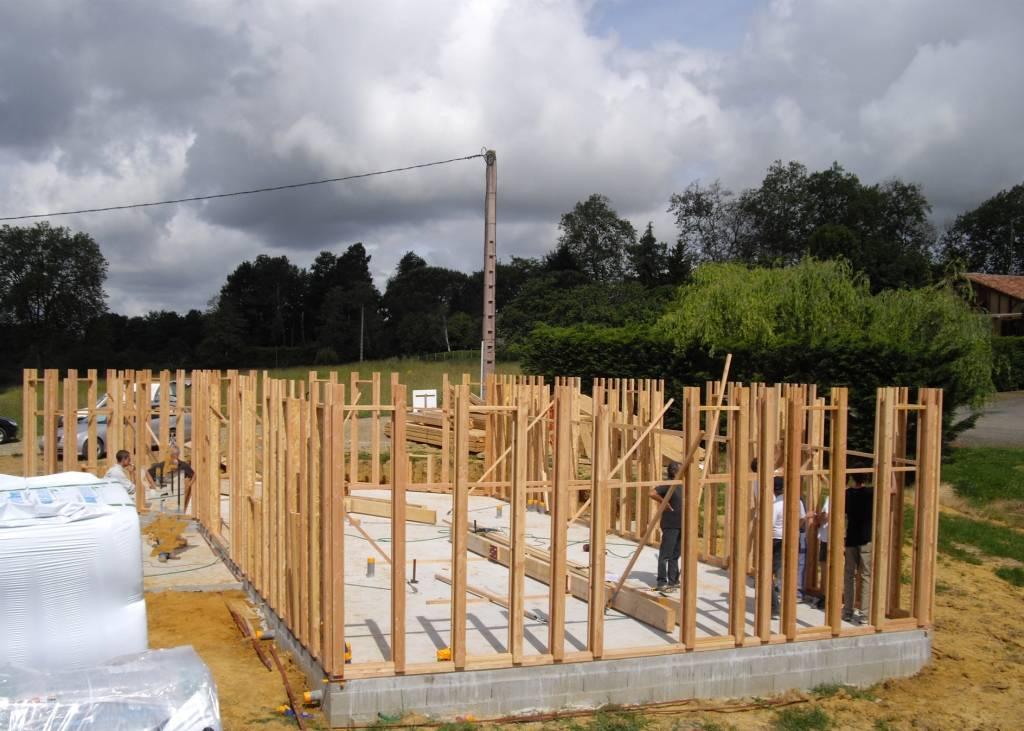 Maison hors d 39 eau hors d 39 air r f 33 pr s de aire sur l for Constructeur de maison hors d eau hors d air