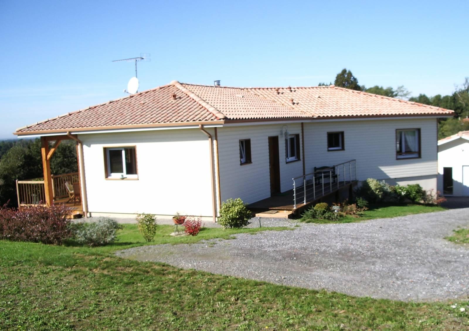 Maison construction bois r f 22 23 pr s de tartas dans for Constructeur de maison en bois dans les landes