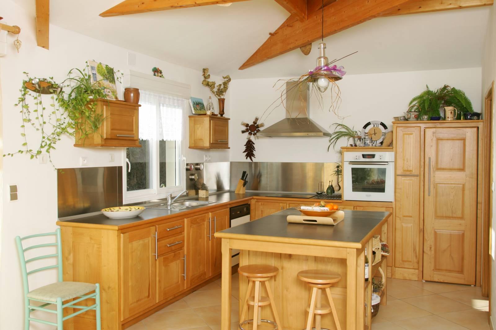 constructeur maison bois toulouse haute garonne. Black Bedroom Furniture Sets. Home Design Ideas