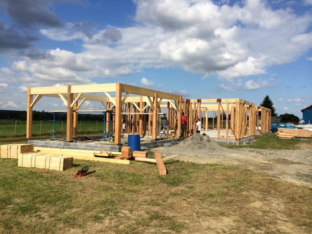 Acheter maison bois auto construction dans les pyr n es for Acheter une maison en bois