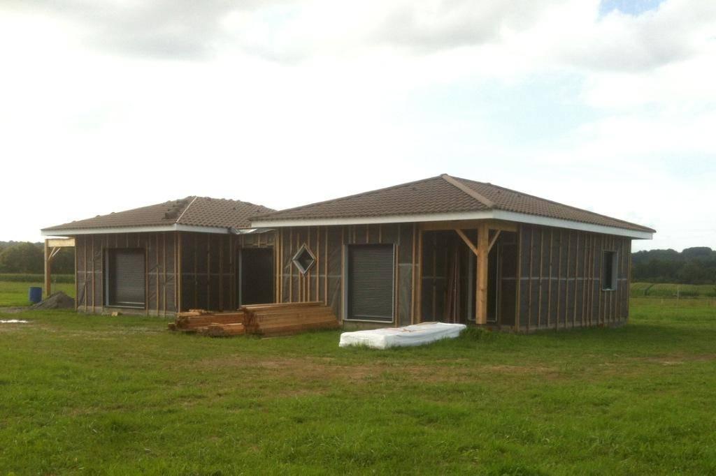 Acheter maison bois auto construction dans les pyr n es atlantiques 64 r f 00036 cogebois for Construction maison en bois hautes pyrenees