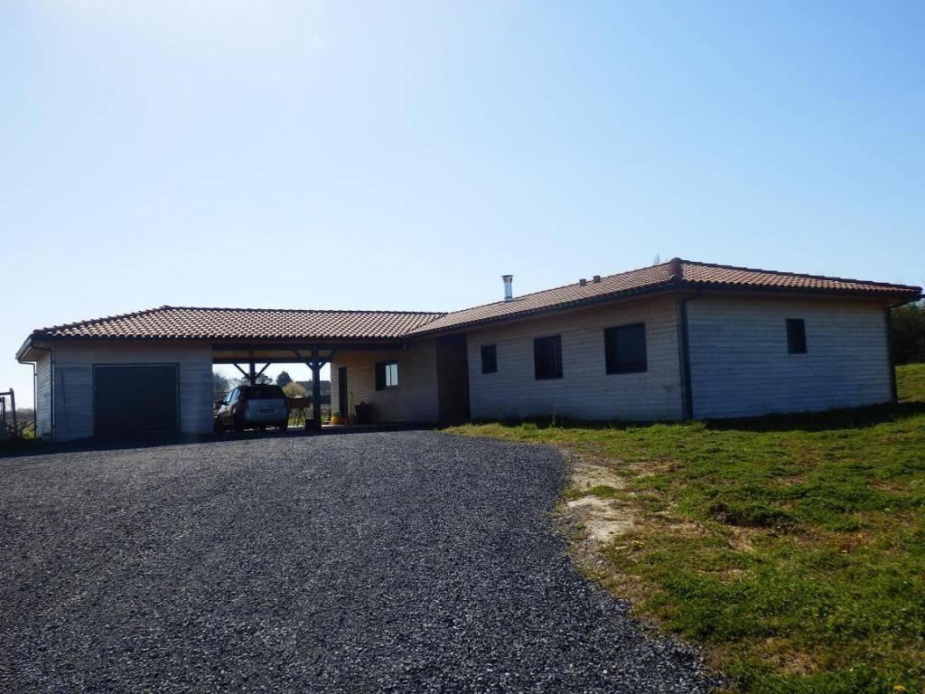 Constructeur De Maison Gers maison construction bois avec abris et garage bois près de